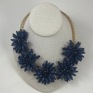 New with Tag Blue Flower Necklace Statement #582